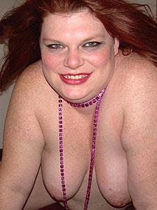 Erikas Big Tits suchen ausschließlich Sexpartner jüngeren Alters