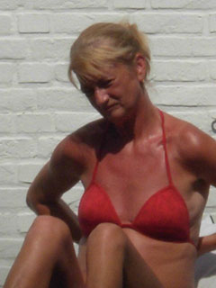 Oma Sex vom Feinsten mit Deep-Throat Spezialistin Erna
