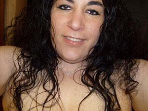 Sandra sucht Mann der auf pralle sexy Möpse steht